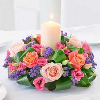 Композиция цветов на стол из роз